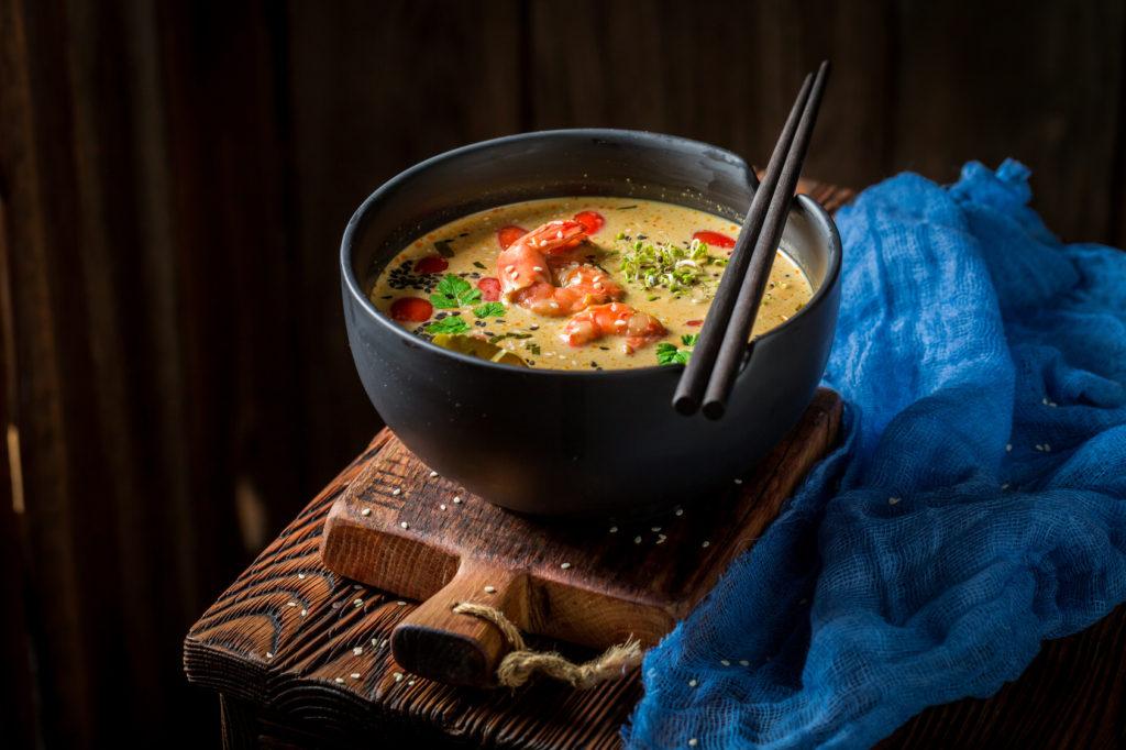 Zupa rybna z curry