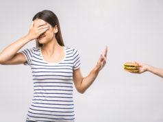 Kobieta nie chce fast food
