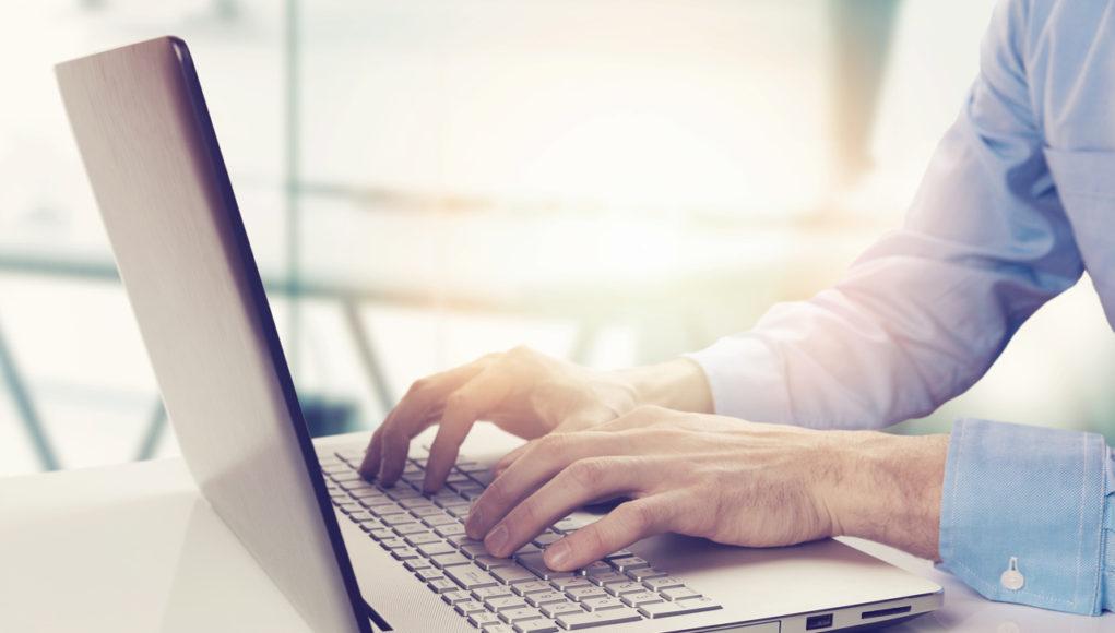 Laptop klasy biznesowej