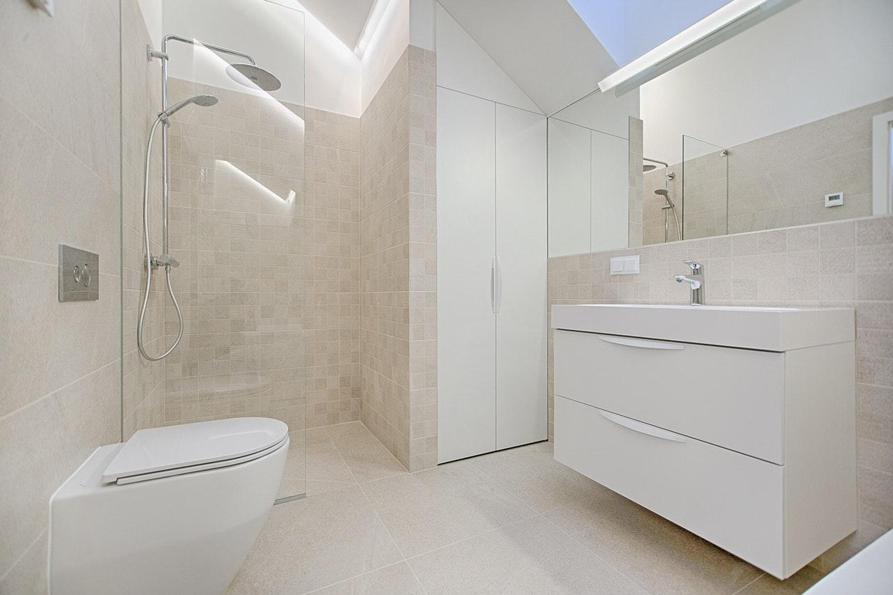 Kabiny Prysznicowe Bez Brodzika Dlaczego Warto Je Mieć