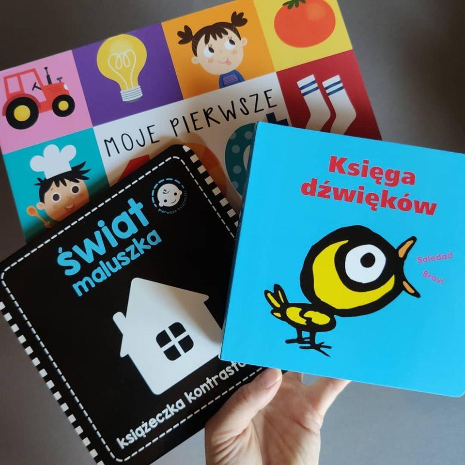 Kolorowe książeczki jak na dłoni