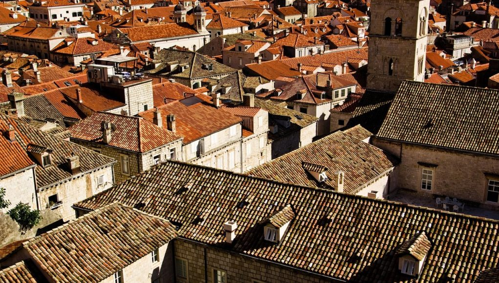 Dachy chorwackie miasteczko