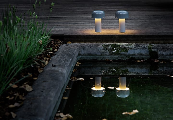 Lampy stojące Flos Bellhop
