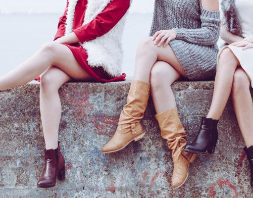 kobiety w jesiennych botkach