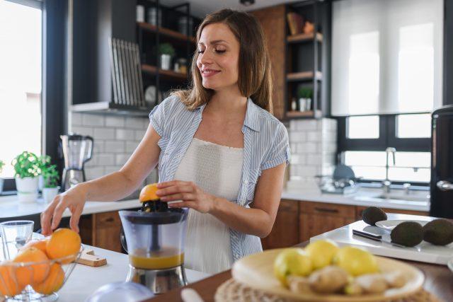 kobieta w ciąży sok z cytrusów