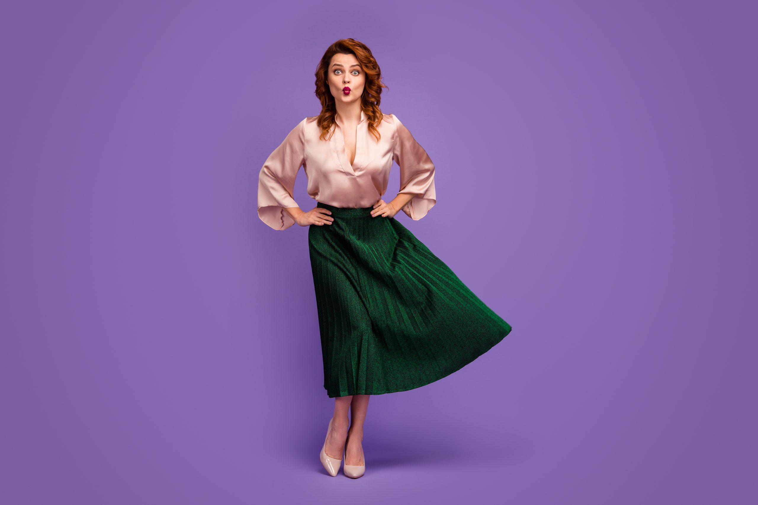 elegancka bluzka i kontrastująca spódnica