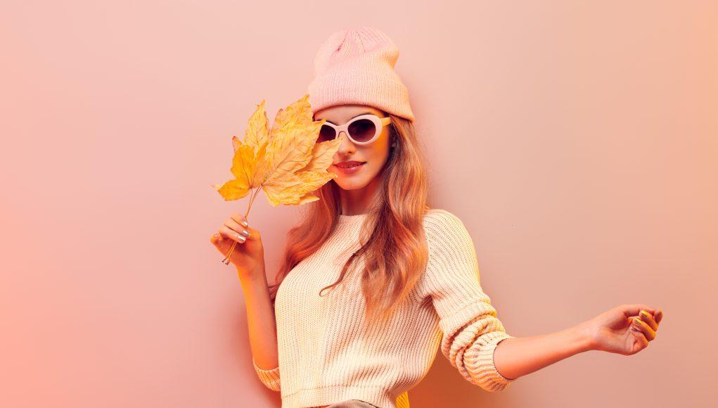 pastelowa czapka na zimę